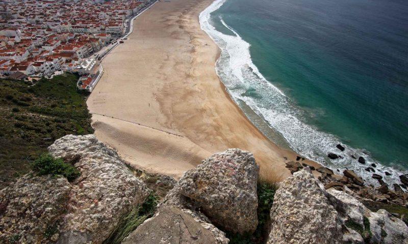 Kraj najvecjih valov na svetu, Nazare, Portugalska