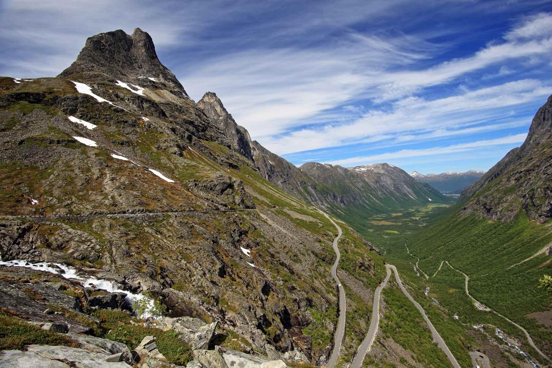 Trolove stopnice, legendarni cestni odsek